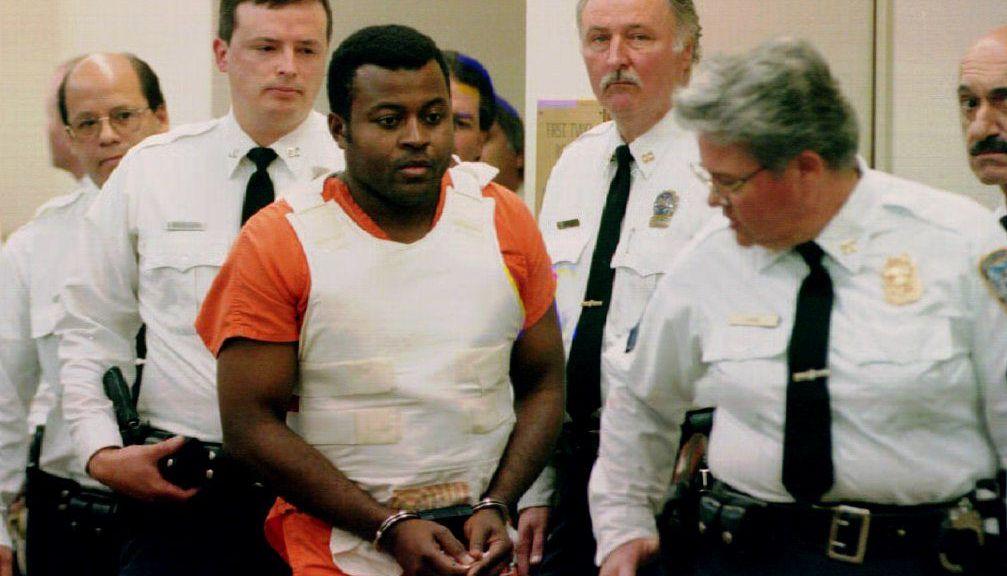 New York: Colin Ferguson arrives in court surround