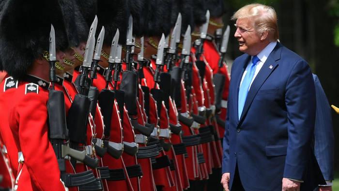 trump_redcoats